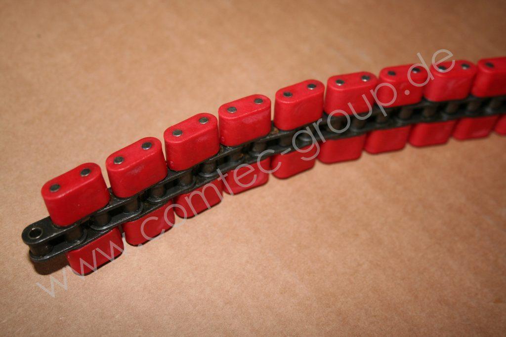 conveyor chain with plastic blocks